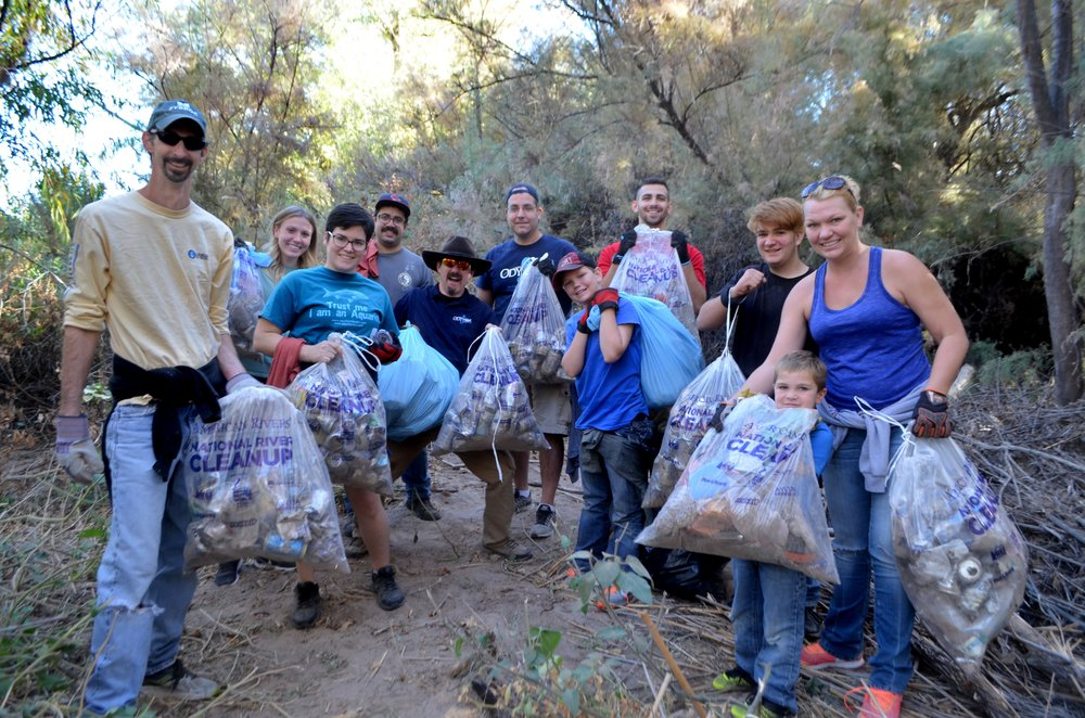 Salt River Cleanup 11-24-17 132.jpg