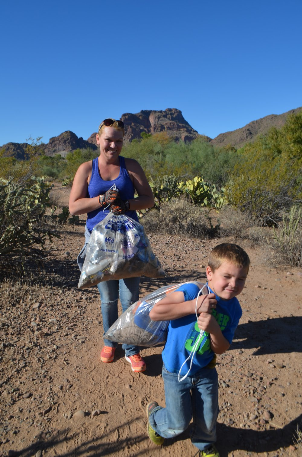 Salt River Cleanup 11-24-17 154.jpg