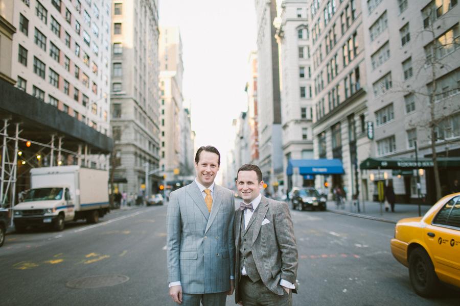 Manhattan Creative Wedding Photographer