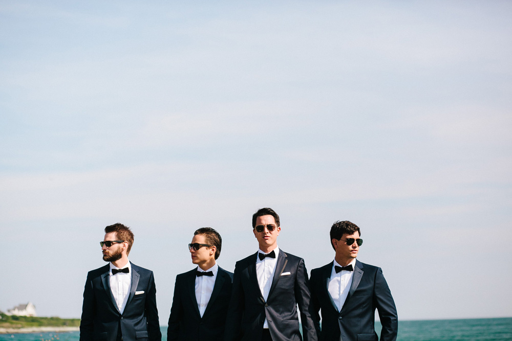 020-creative-groomsmen-photo.jpg