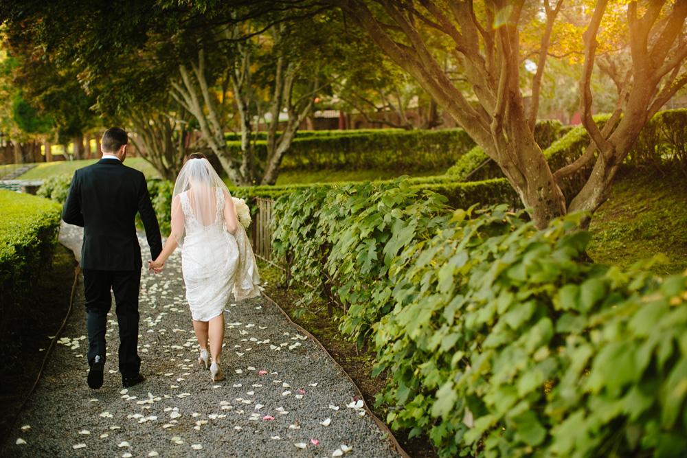 048.1-creative-new-england-wedding-photographer.jpg