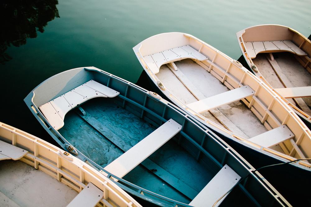 006-jamiaca-pond-boat-house.jpg