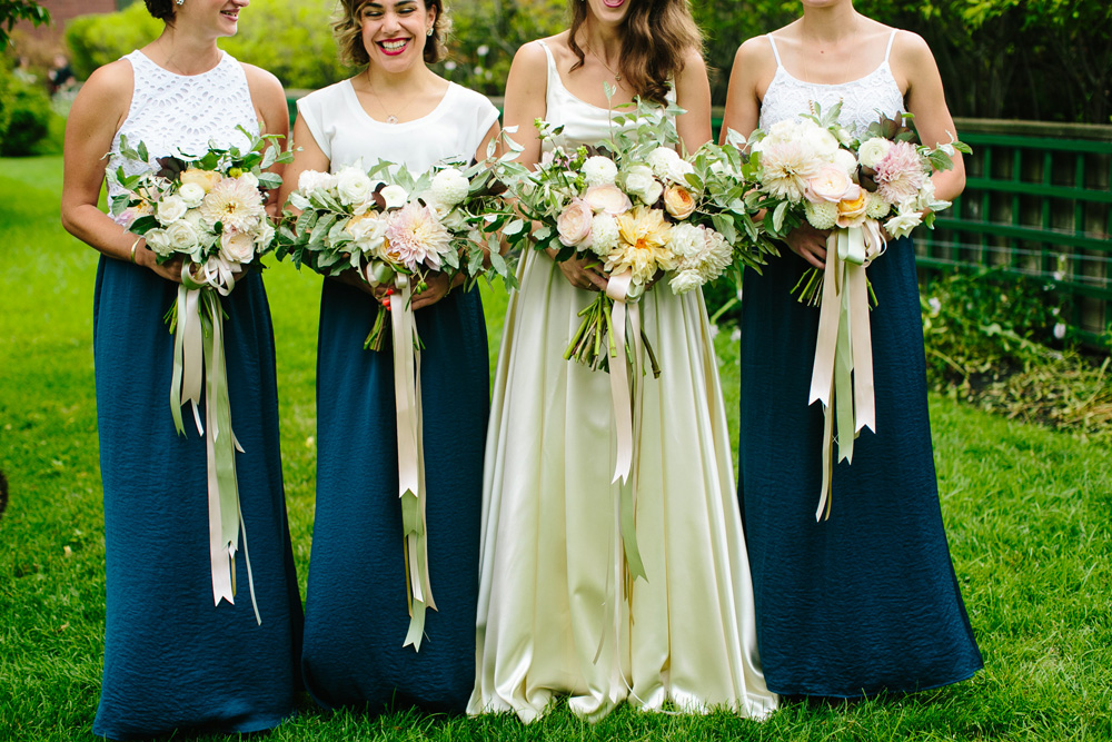 016-hip-new-england-wedding-florist.jpg