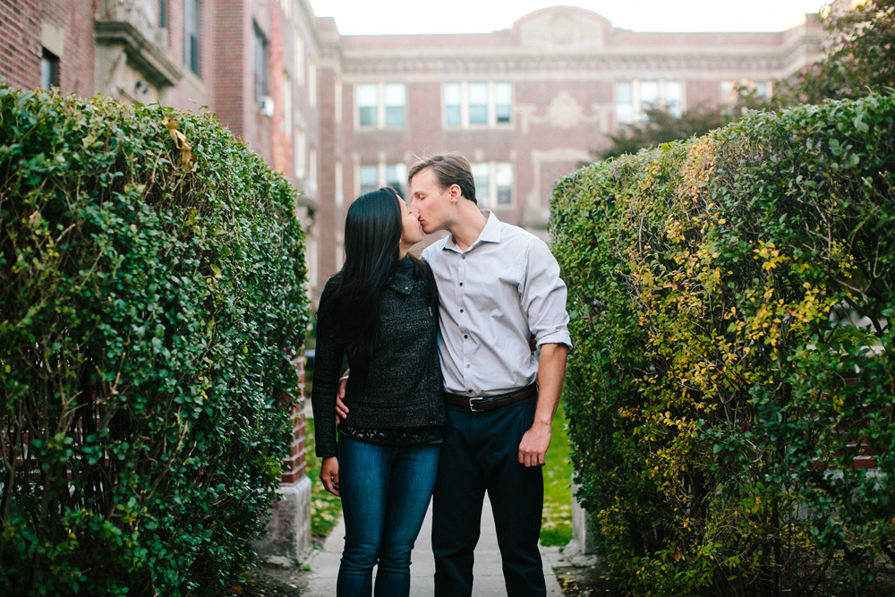 014-creative-brookline-engagement-session.jpg