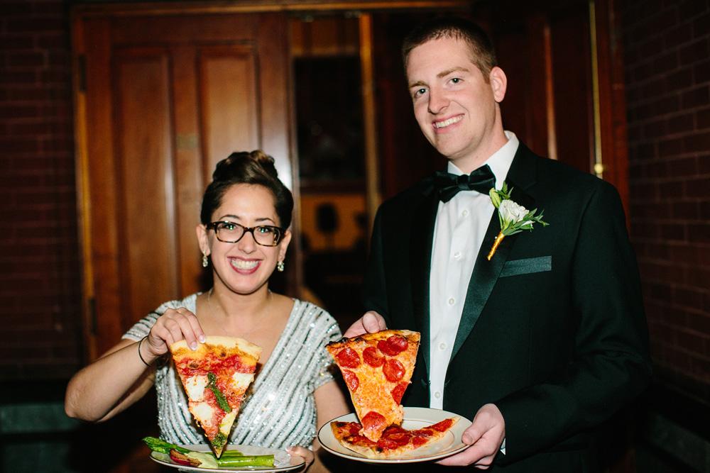049-wedding-pizza.jpg