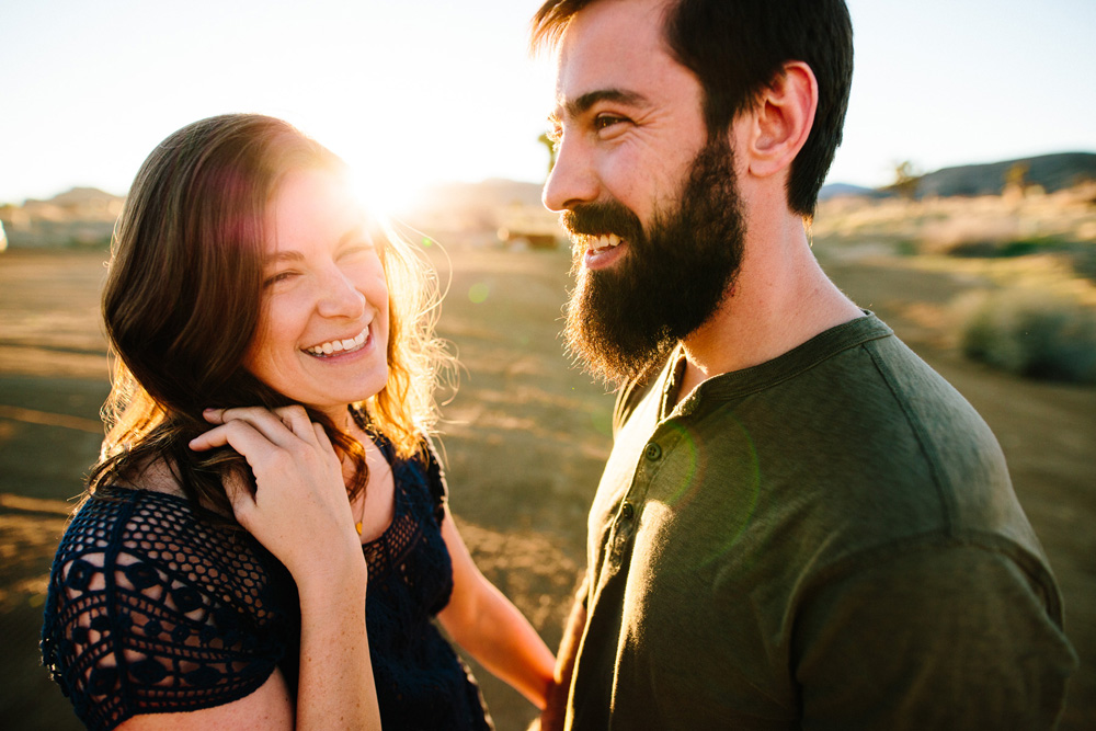 005-desert-engagement-session.jpg