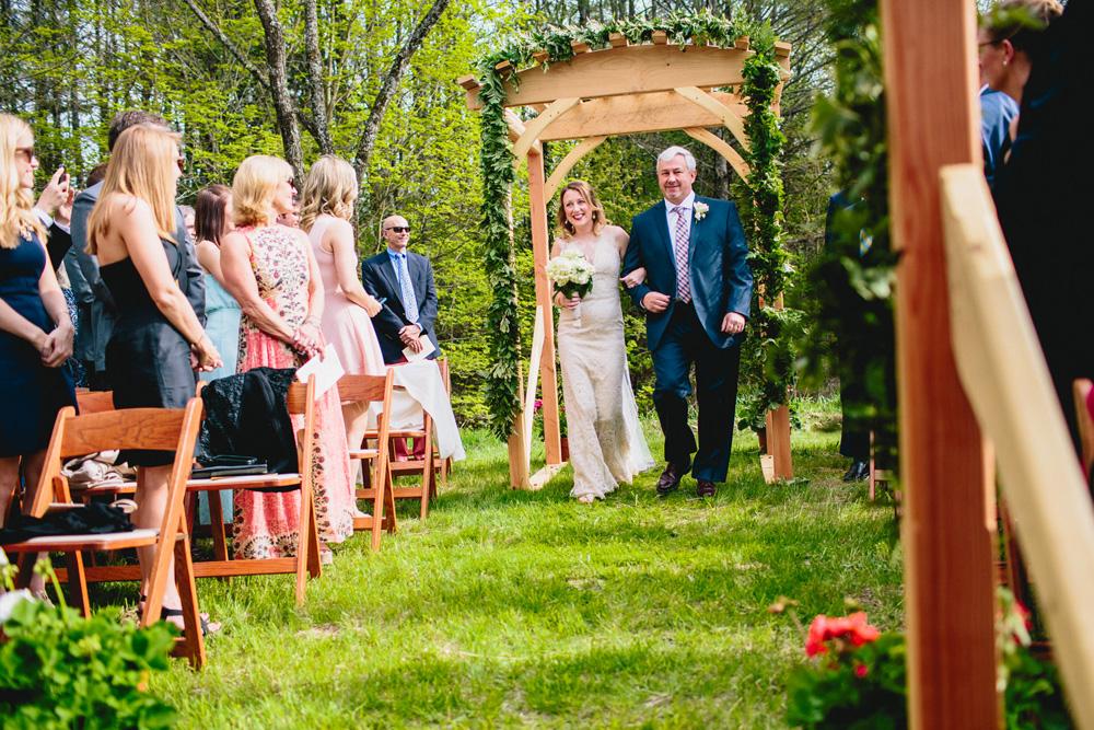 021-hip-new-england-wedding-photographer.jpg