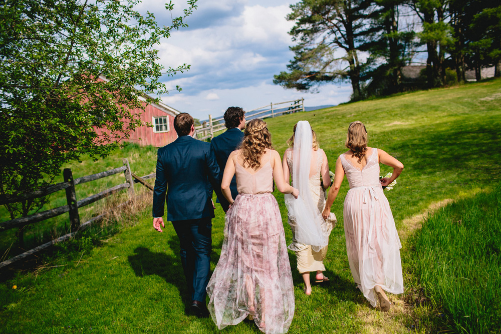 028-diy-vermont-wedding.jpg