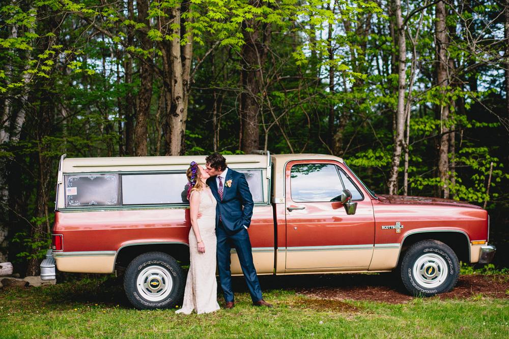 044-creative-vermont-wedding.jpg