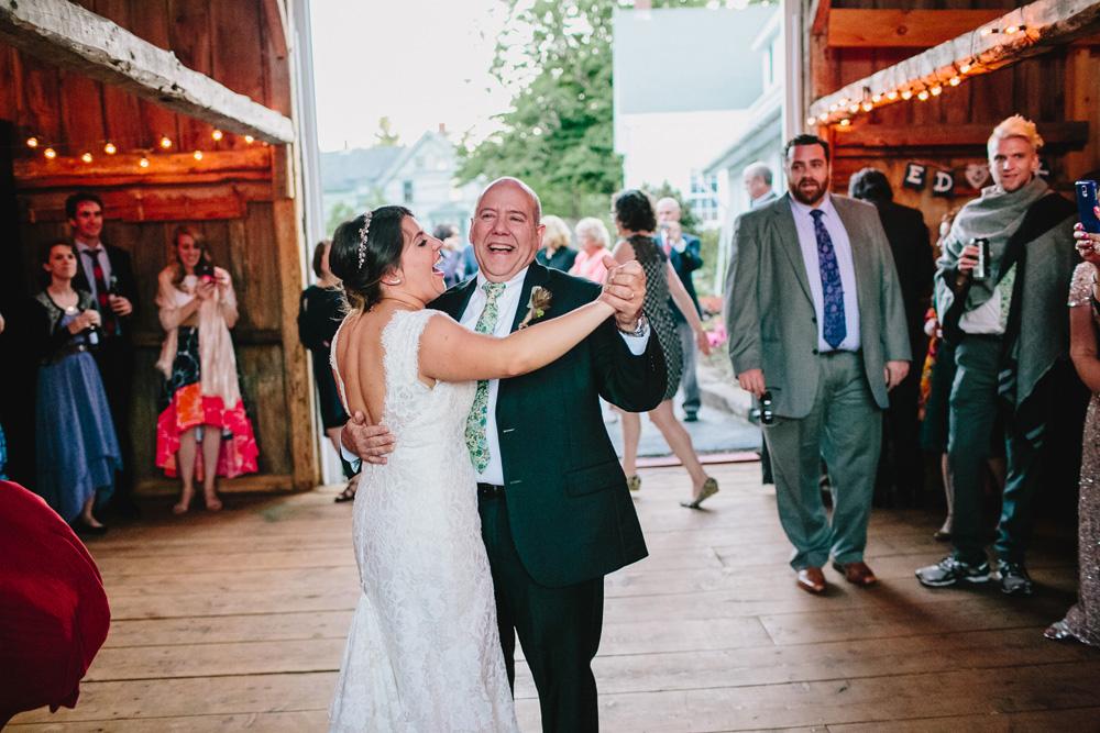 068-creative-new-england-wedding.jpg