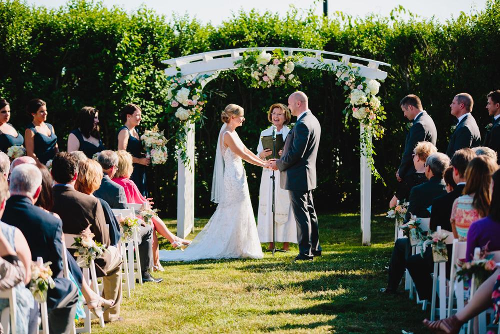 037-kinney-bungalow-wedding.jpg