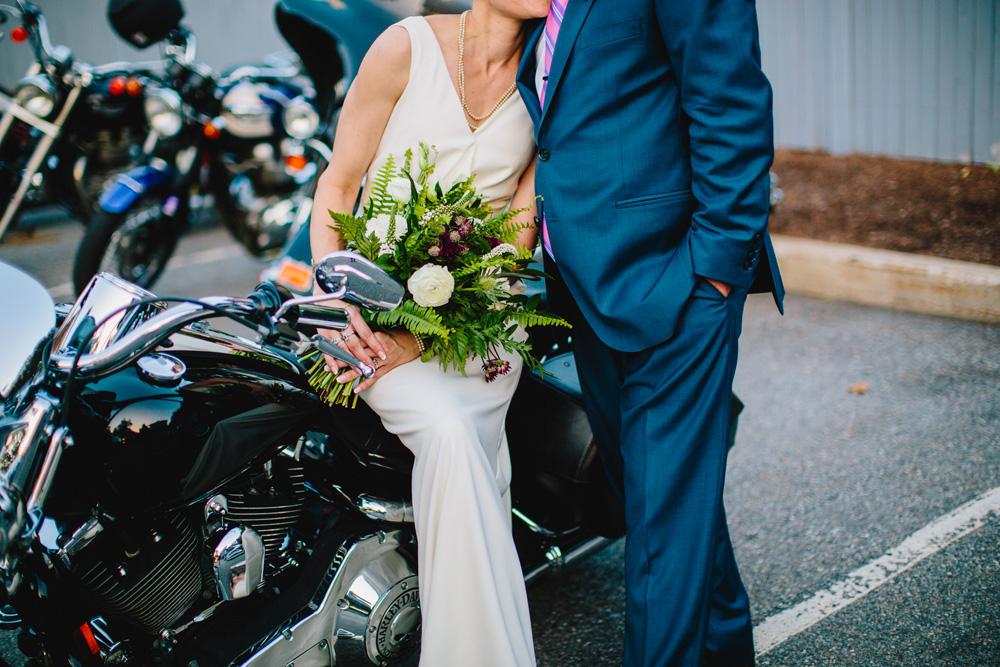 024-hip-new-england-wedding-photographer.jpg