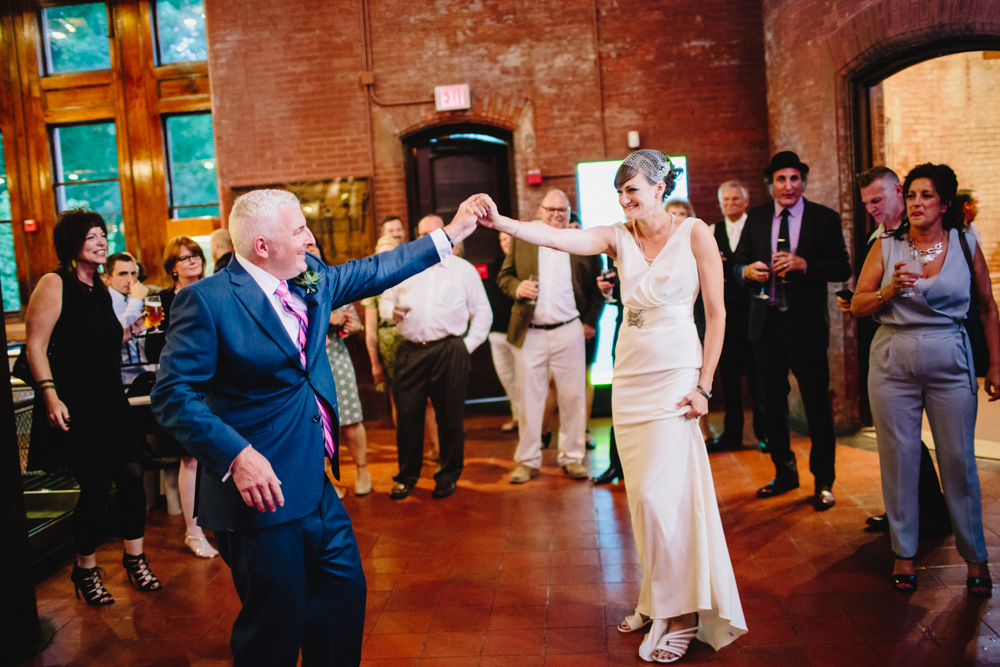 025-hip-new-england-wedding-photographer.jpg