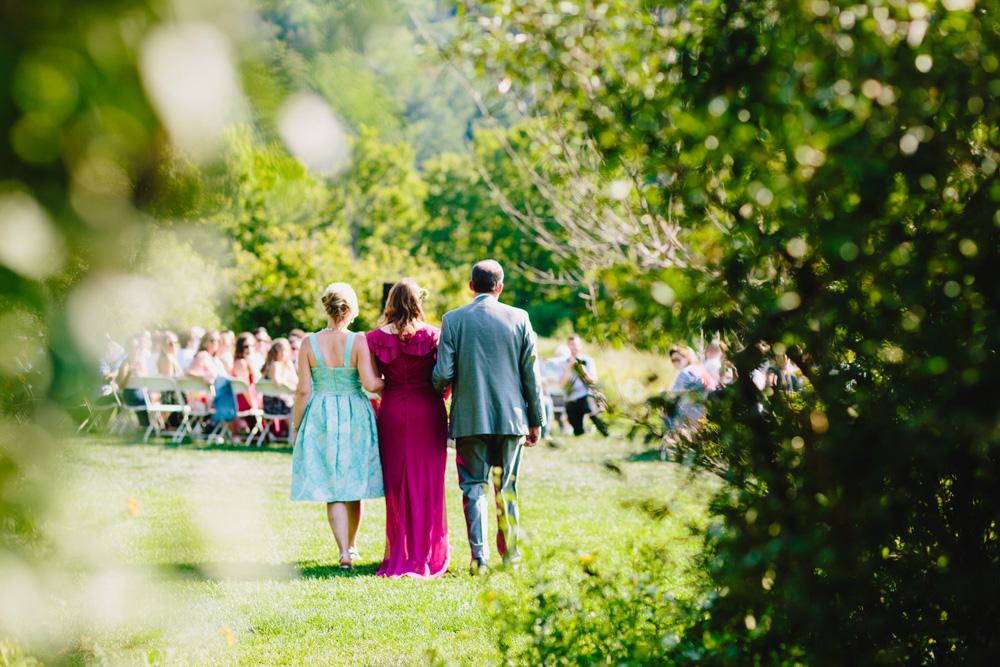 026-hip-new-england-wedding-photographer.jpg