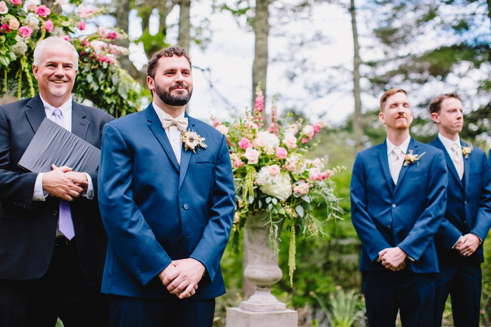 024-hip-rhode-island-wedding-photographer.jpg