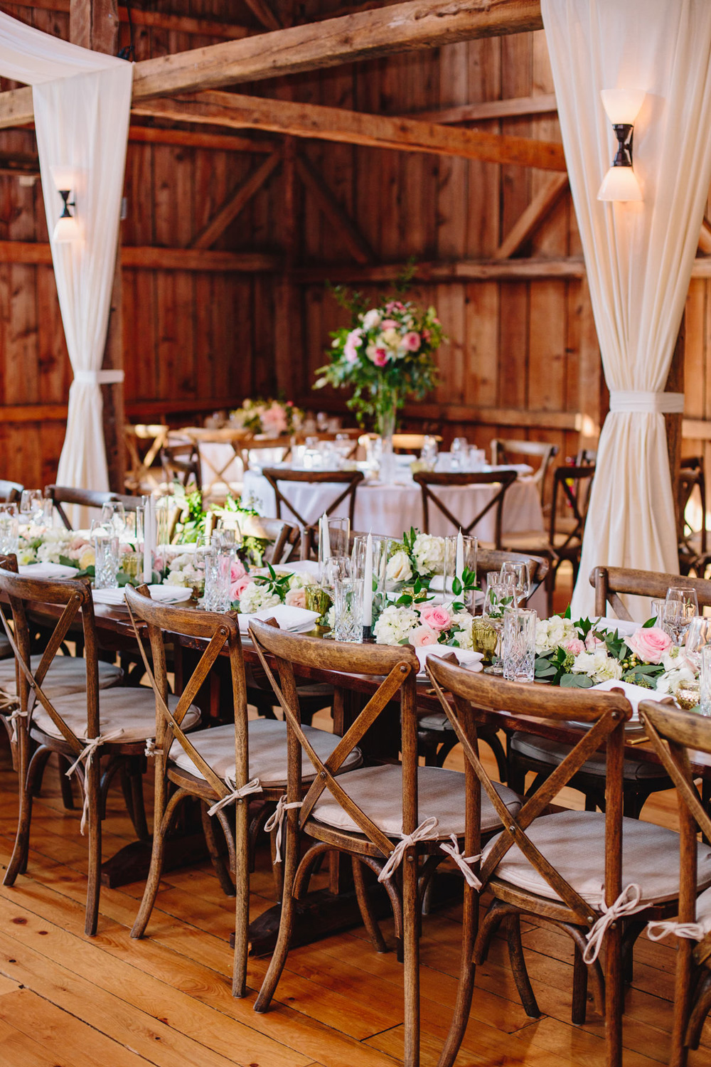 052-barn-at-flanagan-farm-wedding-reception.jpg
