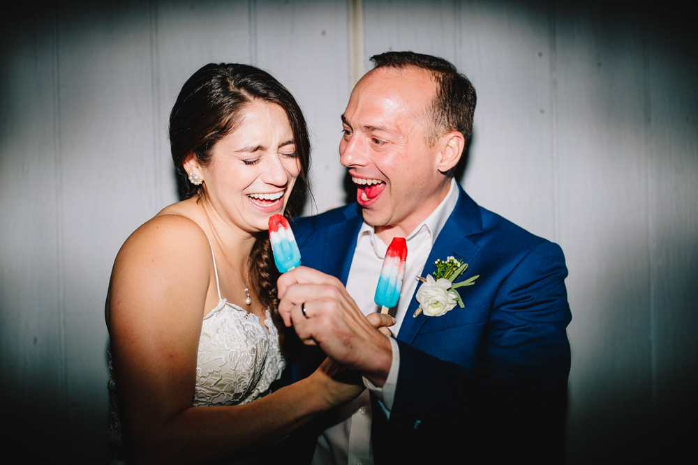 051-hip-new-england-wedding-photographer.jpg