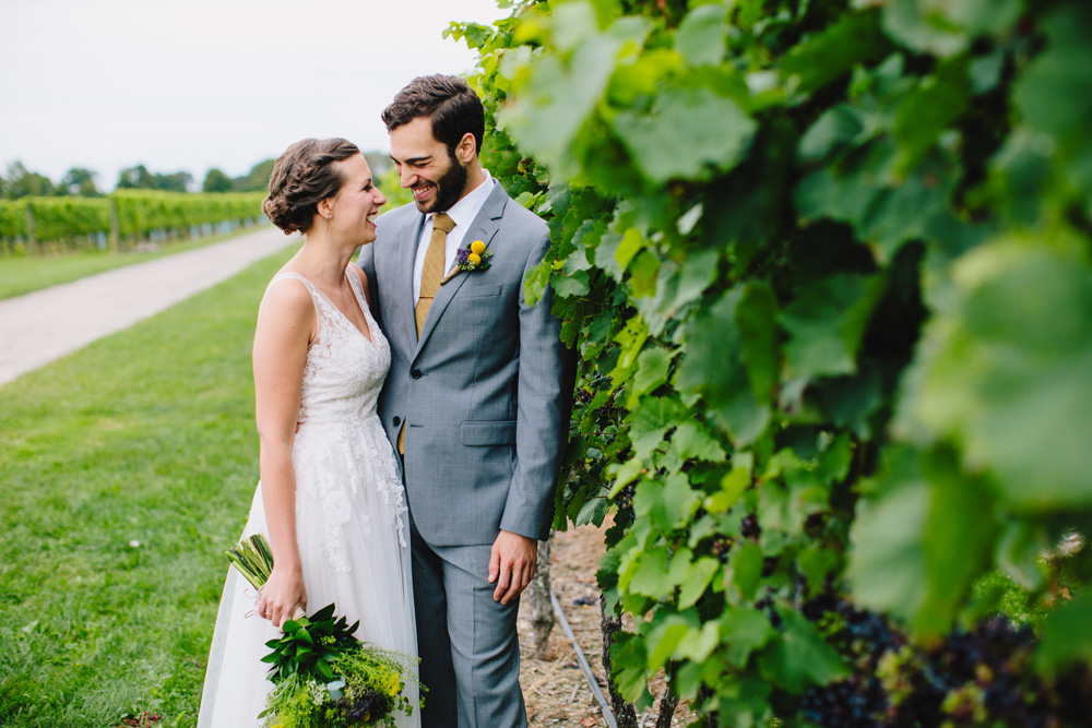 021-newport-vineyards-wedding-photography.jpg