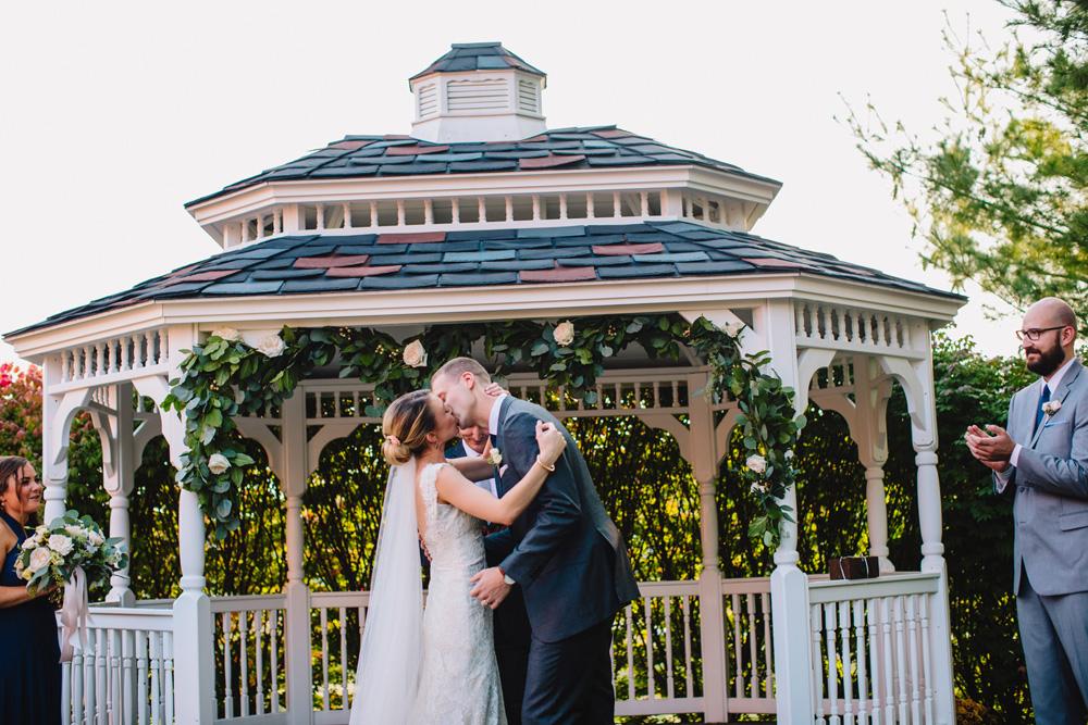 040-artistic-maine-wedding-photographer.jpg