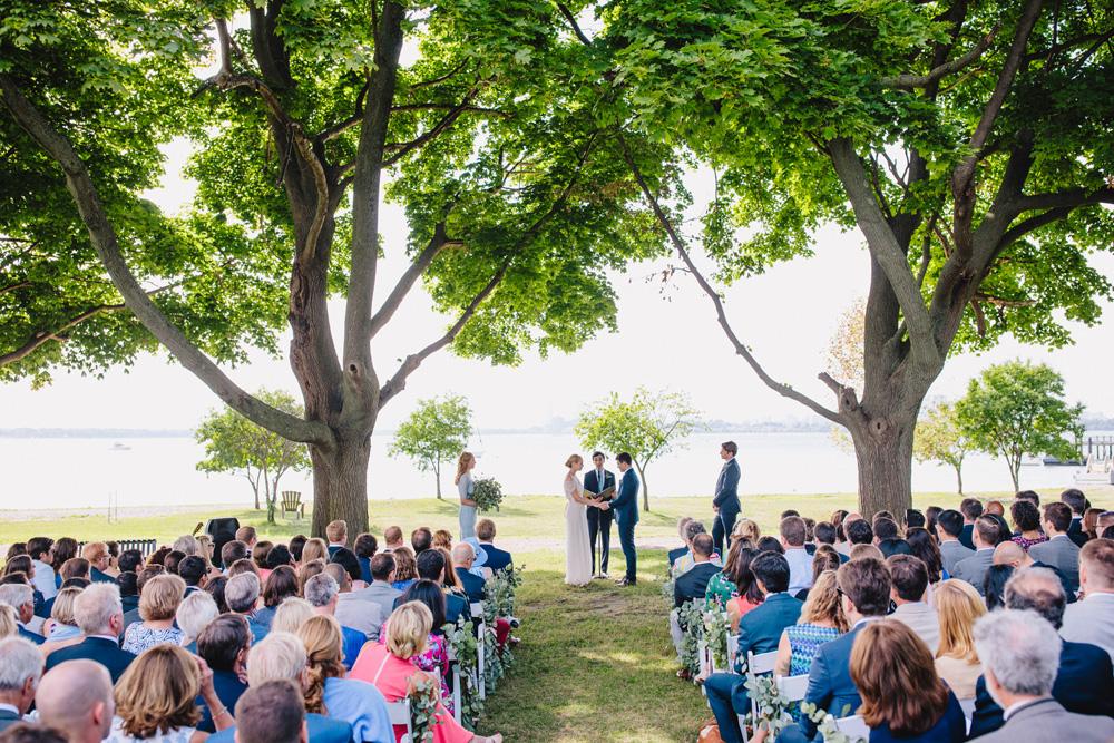 046-creative-thompson-island-wedding.jpg