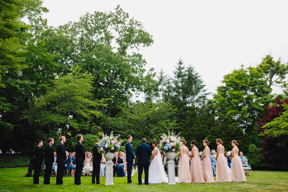 063-the-chanler-at-cliff-walk-wedding-ceremony.jpg