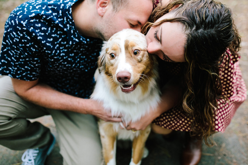 007-dog-engagement-photos.jpg