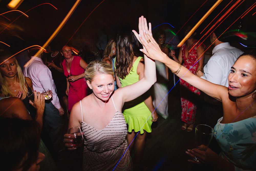 073-wychmere-beach-club-wedding-photography.jpg