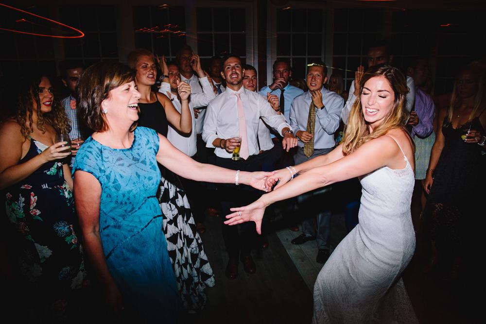 074-wychmere-beach-club-wedding-photography.jpg