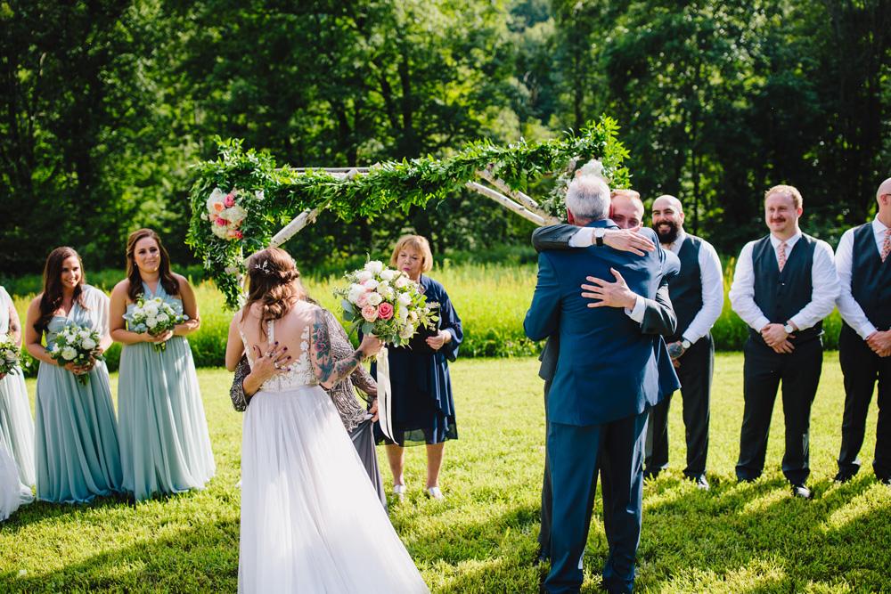 040-montague-retreat-center-wedding.jpg