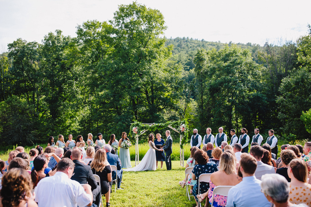 041-montague-retreat-center-wedding.jpg