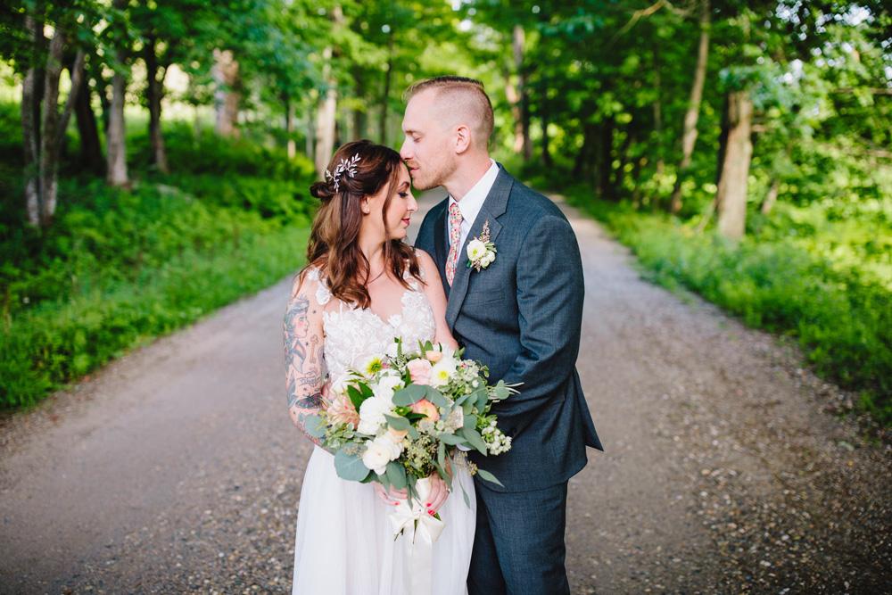 052-hip-new-england-wedding-photographer.jpg