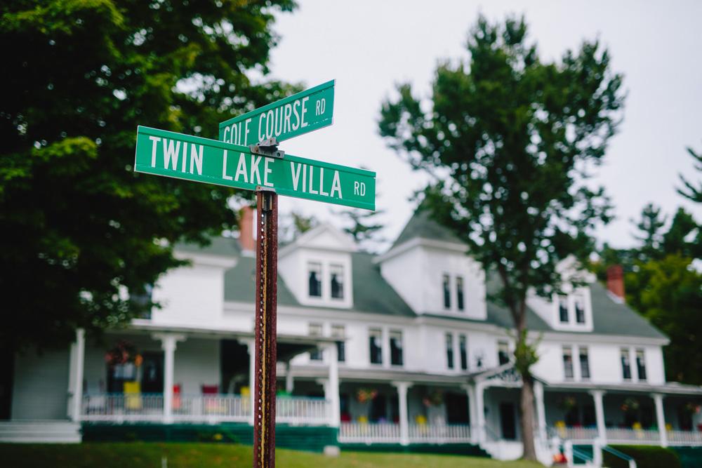 001-twin-lake-village.jpg