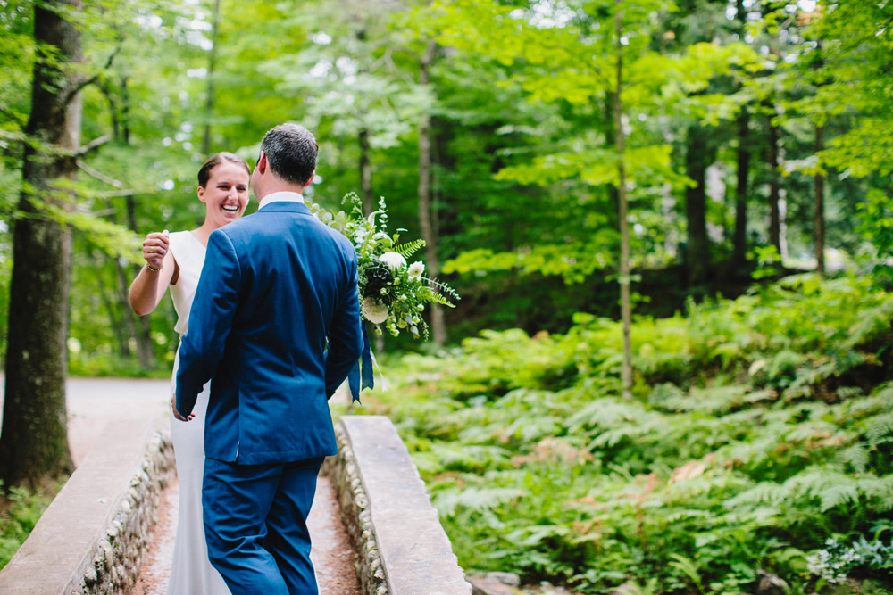 022-hip-new-england-wedding-photographer.jpg
