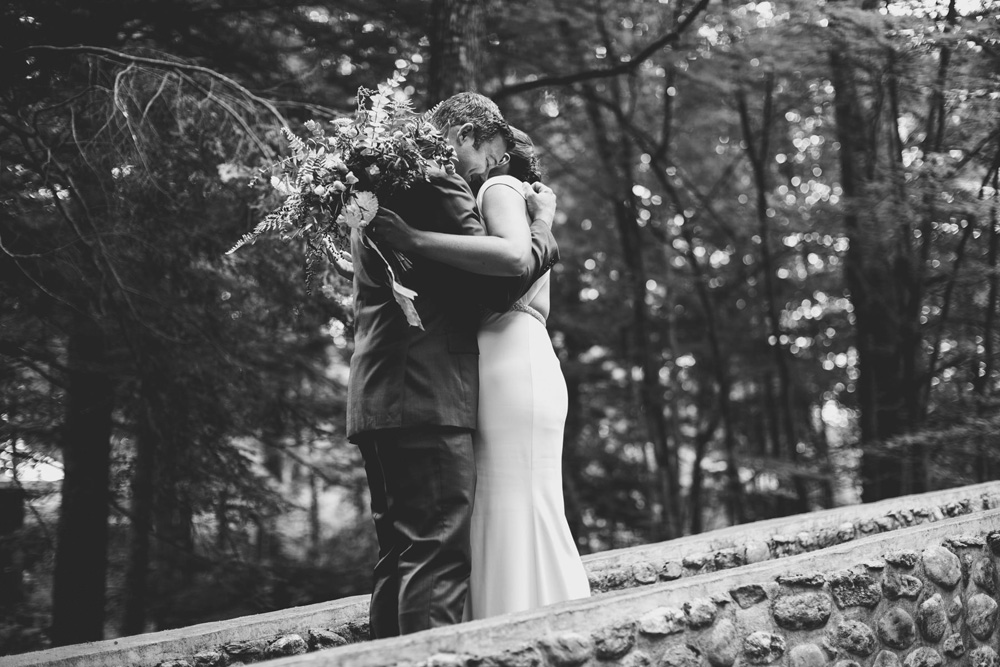 023-hip-new-england-wedding-photographer.jpg