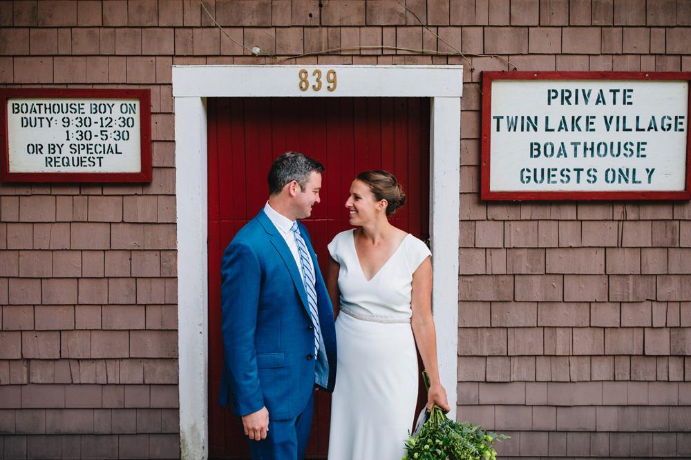 044-twin-lake-village-wedding.jpg