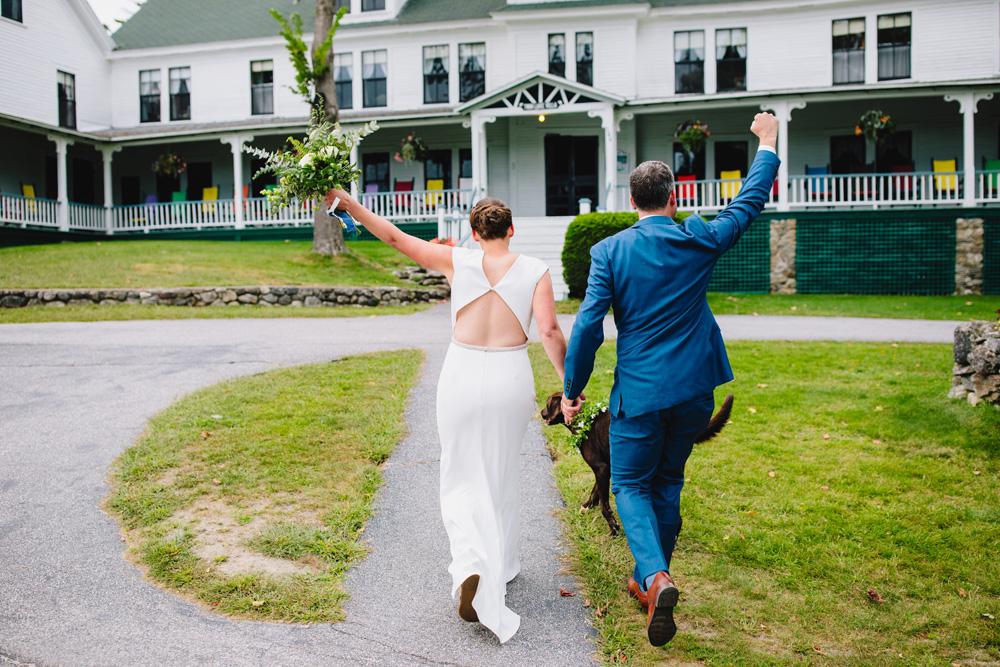 063-twin-lake-village-wedding-ceremony.jpg