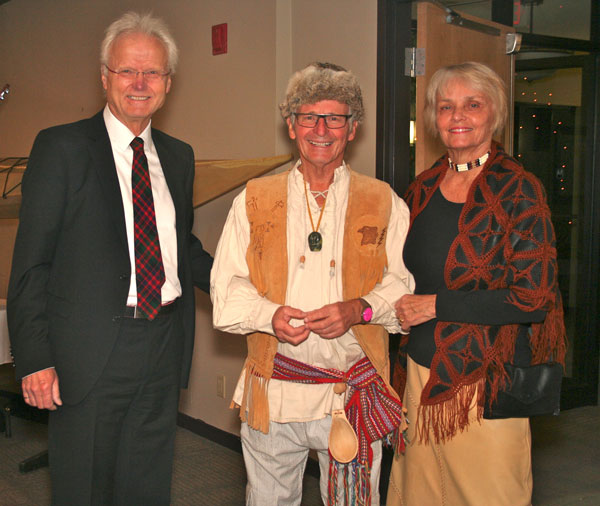 Ken-Powell-and-Heather-and-Hans-Stelzer.jpg
