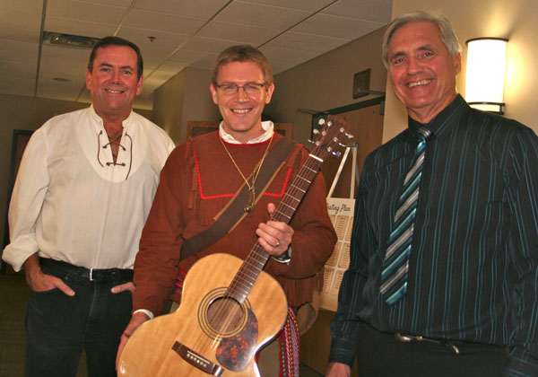 David-Hadfield-Guitar-Winner-Russ-Parker.jpg