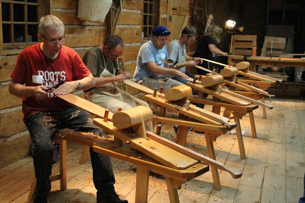 Paddle Carving IMG_9646.jpg