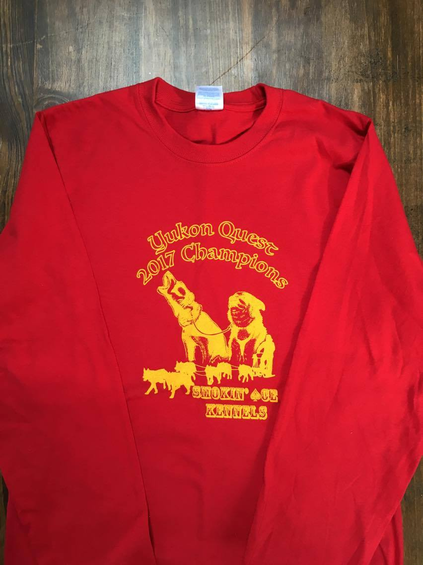 Limited Edition - Yukon Quest 2017 Champions Long Sleeve T-Shirt with our two Golden Harness winners, Anchor & Keeper!