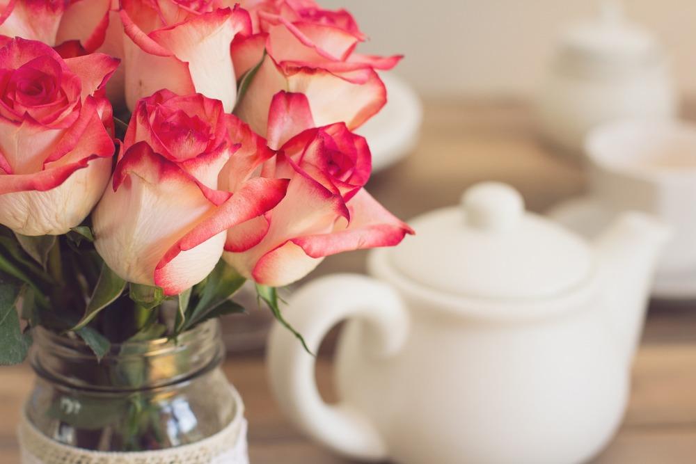 roses-1138920_1920.jpg