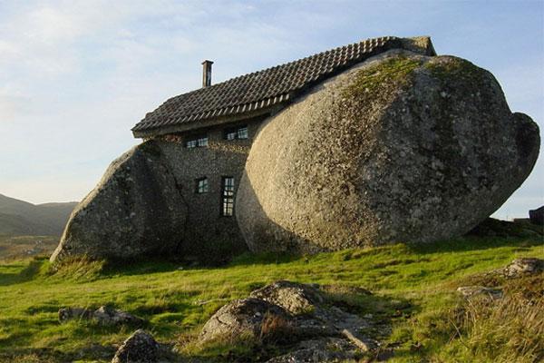 boulder-rock-house.jpg