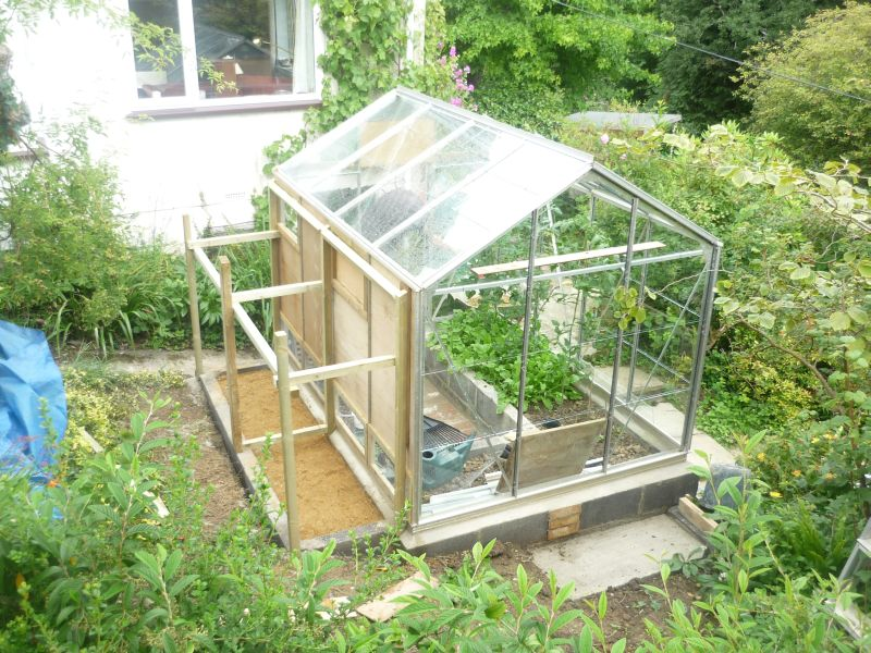 chickengreenhouse1.jpg