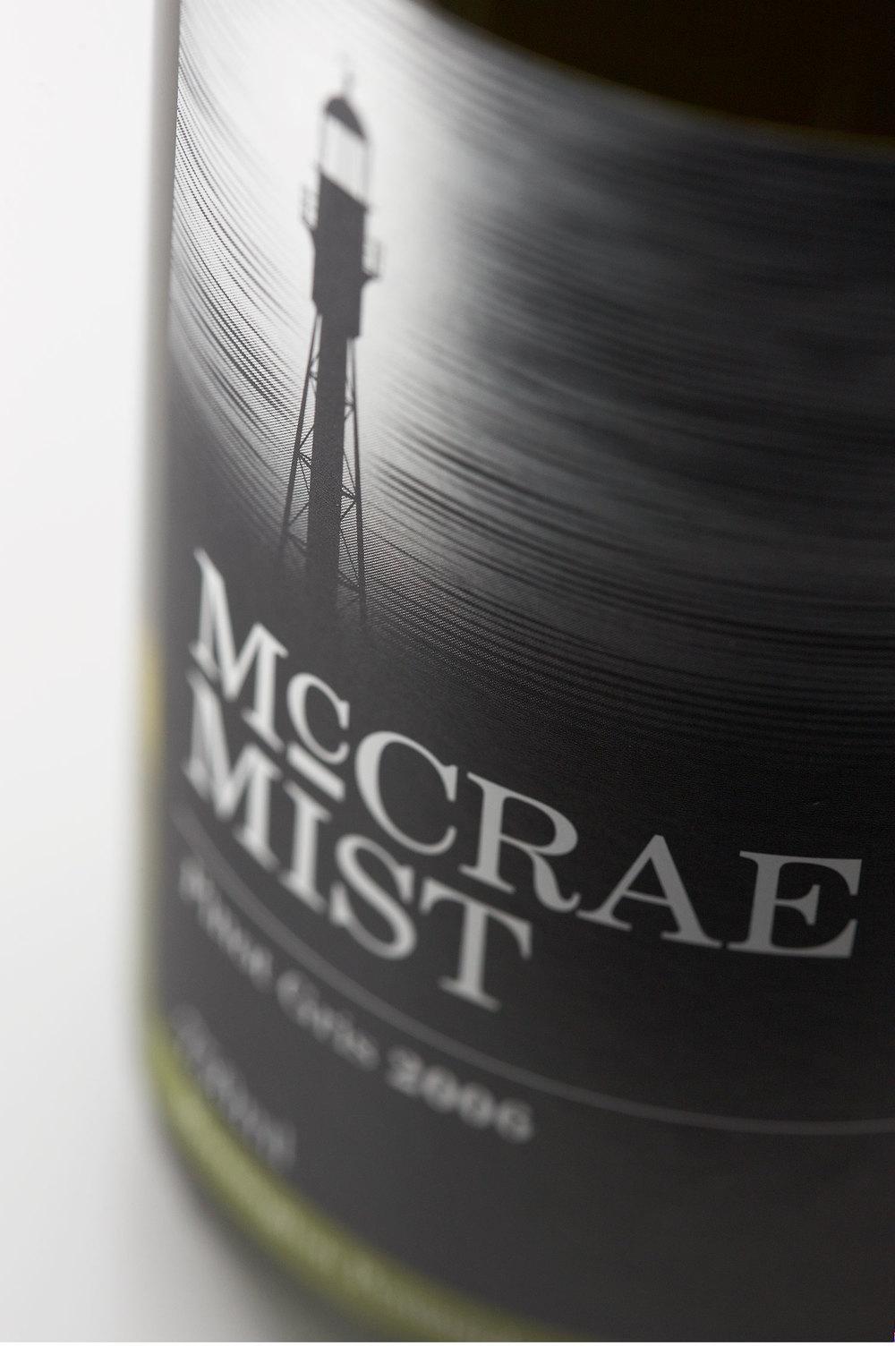 wine label design pinot gris