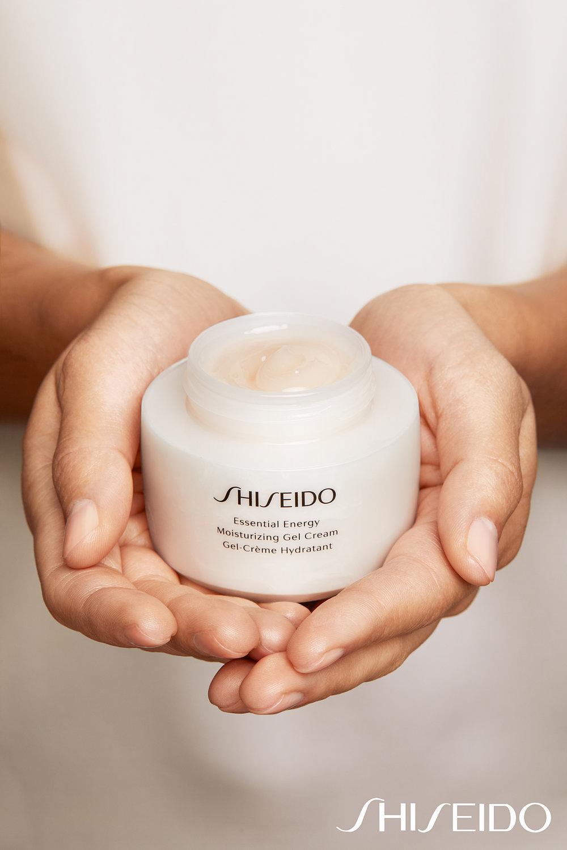 024-Shiseido_2232_SHOT_2_224_04_web.jpg