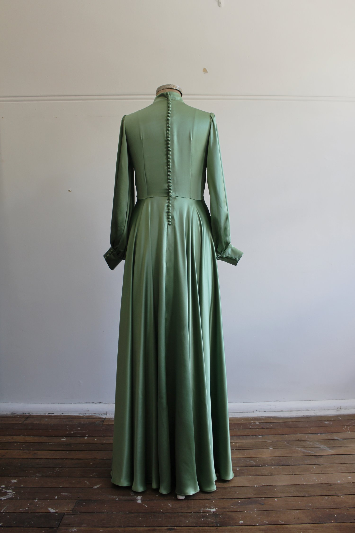 HAVERDRILS EVENING GOWN IN GREEN — Nicol & Ford