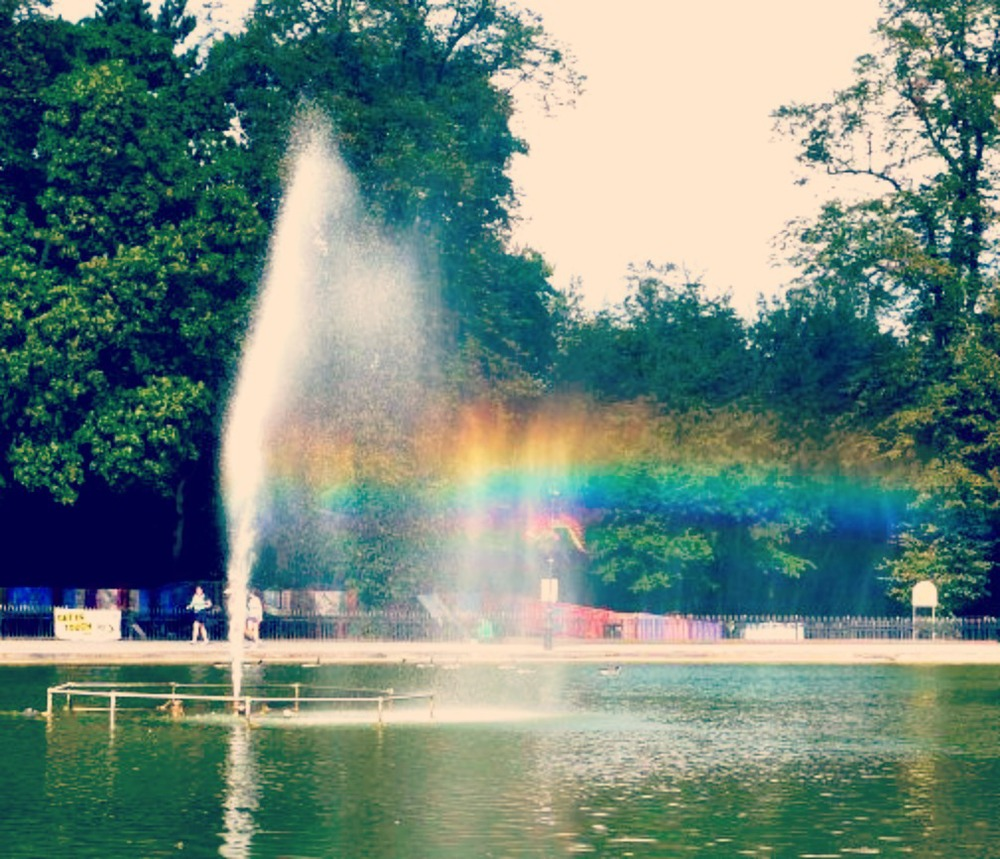 another crappy fountain which stole my heart (img - pinterest - location cannon hill park)