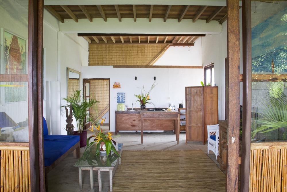 Surf House_017.jpg