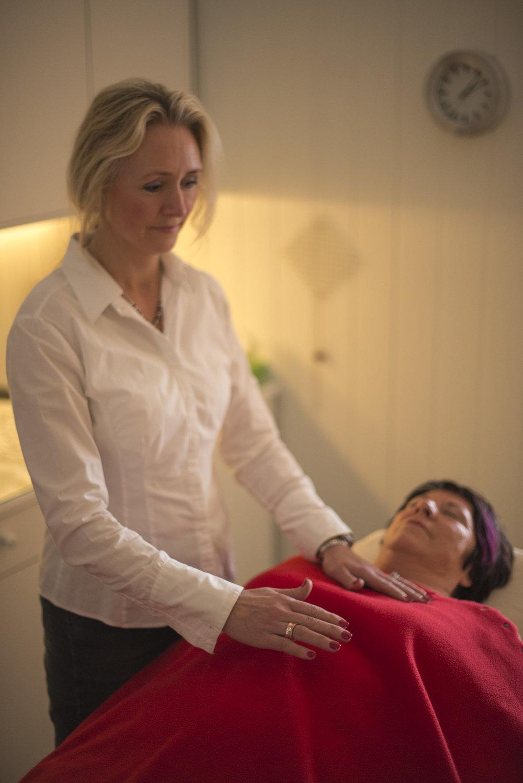 Oppdrag for Maie AS og Åse Helene Healer.