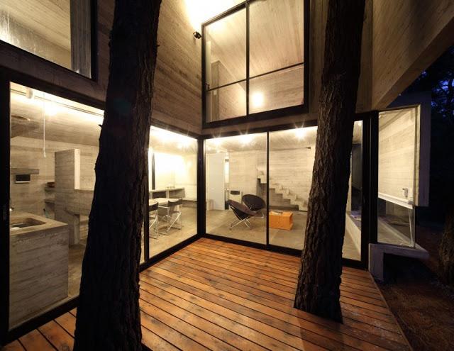 50d27feeb3fc4b41b300028e_franz-house-bak-architects_casa_franz_03-1000x773.jpg